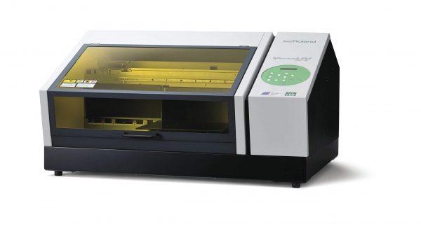 Stampante Uv led piccolo formato Roland VersaUV lef-12i